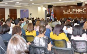 Ministro de educación andrés navarro llama a impulsar alianza estratégica familia-escuela-iglesia