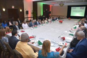 Navarro presenta al consejo nacional de educación resultados de evaluación docente como base para mejorar la enseñanza