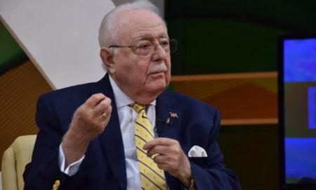 """Ministro de Energía y Minas: """"Explotación de hidrocarburos transformaría al país"""""""