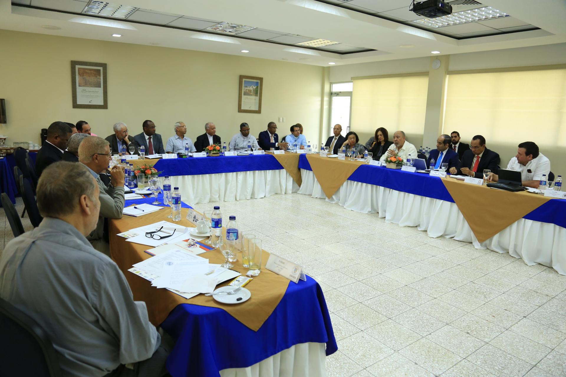 Rectores de Universidades del País se reúnen en Asamblea en UCATEBA