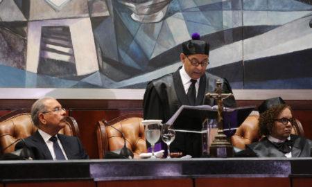 Presidente Danilo Medina asiste a Audiencia Solemne con motivo del Día del Poder Judicial