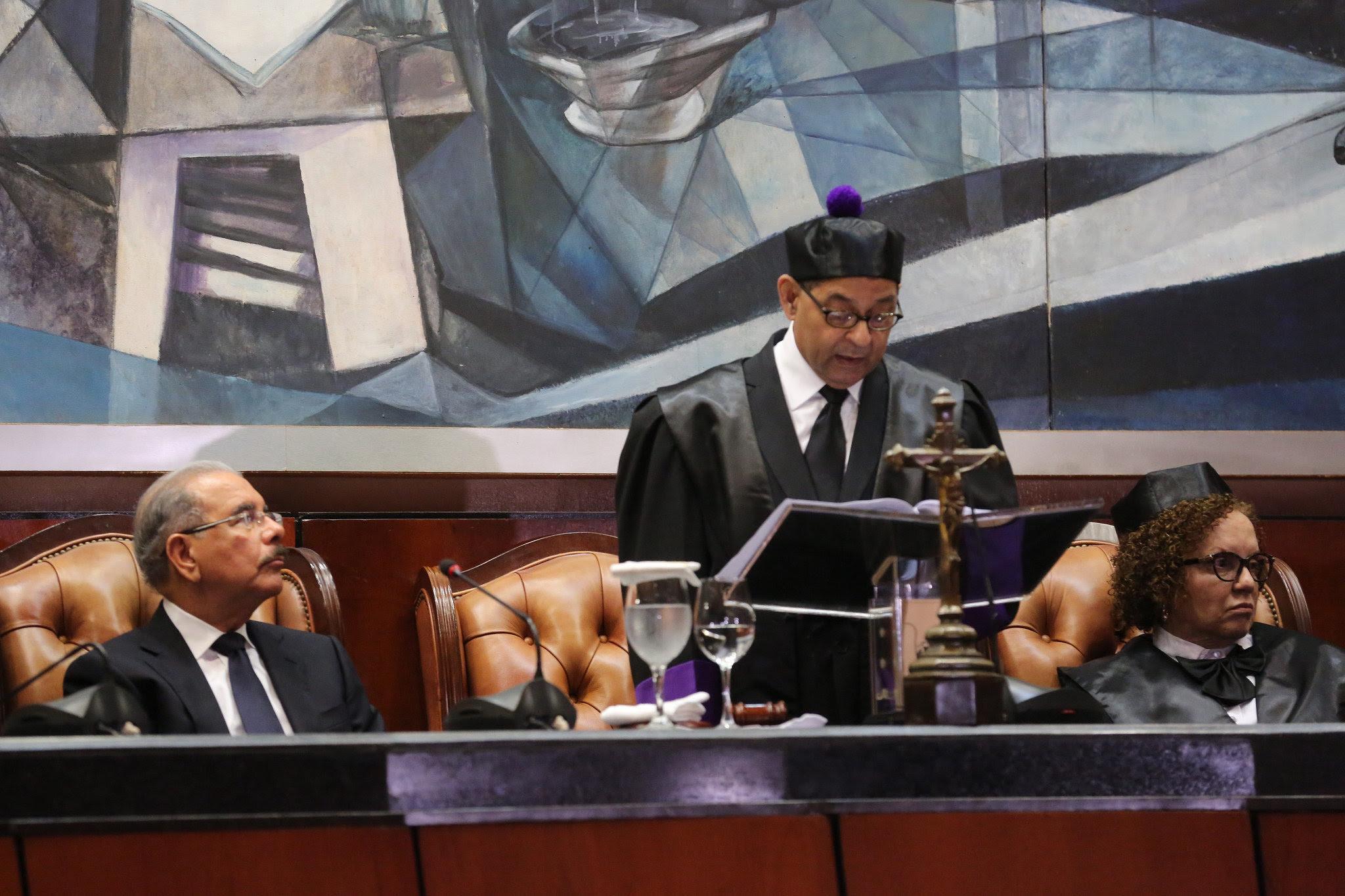 , Presidente Danilo Medina asiste a Audiencia Solemne con motivo del Día del Poder Judicial