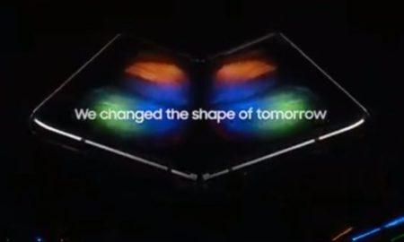 Samsung lanza el Galaxy Fold, primer teléfono que dobla su pantalla