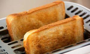 Hervir agua o hacer tostadas contamina el aire de nuestros hogares