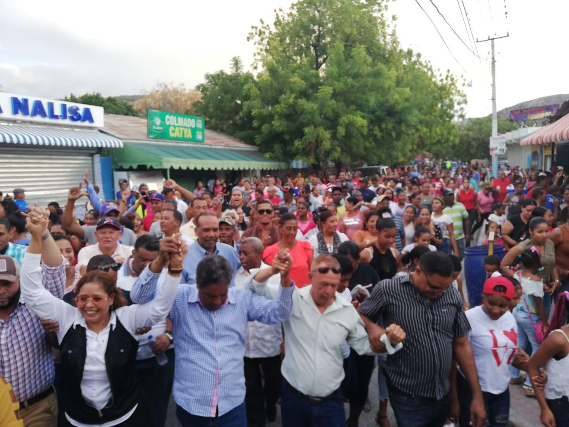 Peledeistas de Las Salinas expresan masivo respaldo a Peña Rubio para senador por Barahona