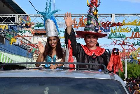 , Cabral realizó un inolvidable desfile de carnaval el sábado de gloria
