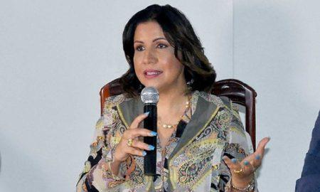 """Margarita dice, si Leonel vuelve, sería """"un gran desperdicio volver a ser solo primera dama"""""""