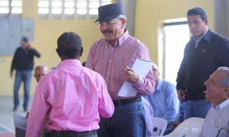 El Presidente Danilo Medina continúa apoyando a los productores nacionales a través de sus Visitas Sorpresa