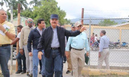 Danilo Medina visitó Los Saladillos, sección de Las Salinas, provincia Barahona