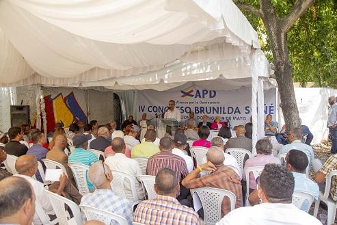 , APD escoge a Luis Abinader Corona como candidato presidencial; crearán frente opositor anti fraude