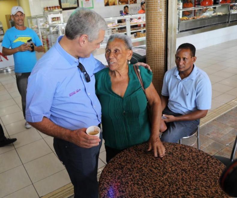 , Gonzalo castillo agradece a los peledeístas y al pueblo dominicano por su elección como candidato del PLD