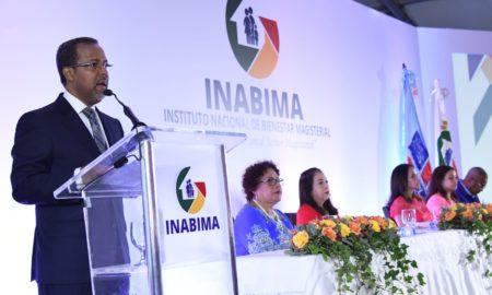 INABIMA entrega más de 710 millones de pesos a mil 367 maestros jubilados