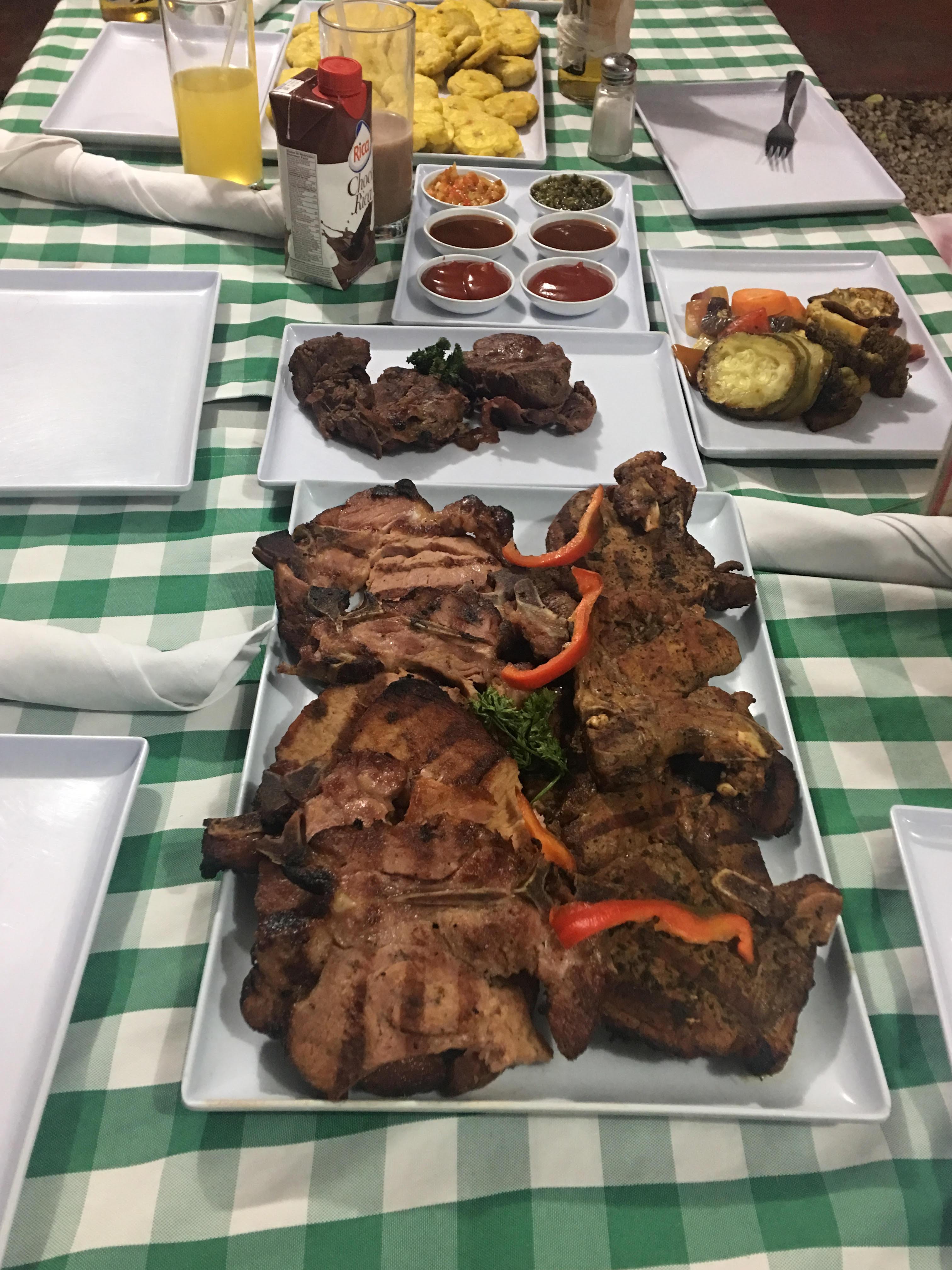 , Carnes Express símbolo de buen comer en Barahona