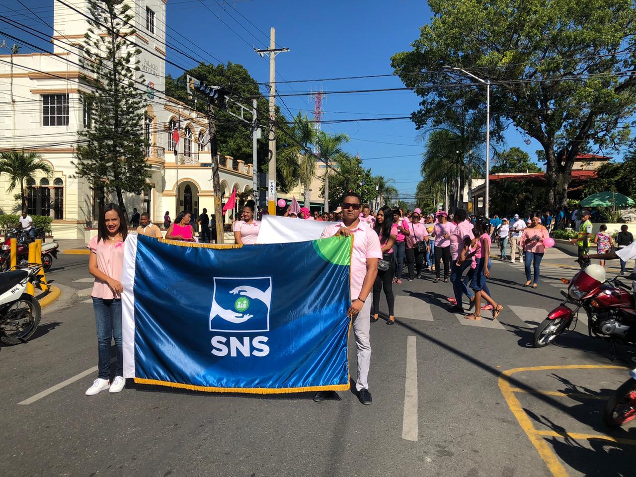 , SNS en la Comunidad lleva orientación a miles de familias sobre prevención cáncer de mama