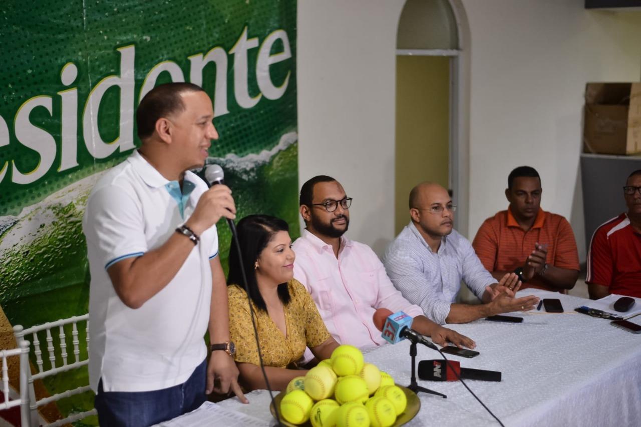 , SOFTBOL Torneo empresarial de softbol de Cotuí arrancael domingo con 42 equipos