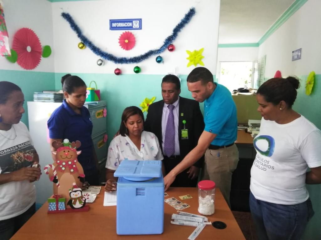 , Región Enriquillo Inician jornada de vacunación en adultos mayores