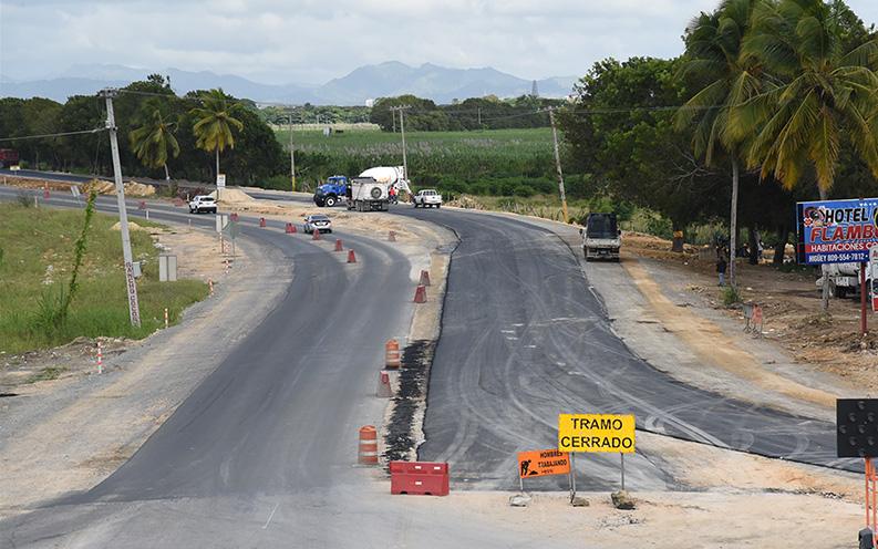 , MOPC avanza trabajos de adecuación vial en Autopista Del Coral-Higüey