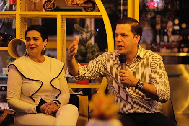 , Restaurant Dominicano innova un formato político