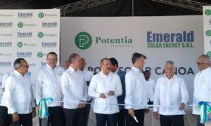 Presidente Medina inaugura operaciones Parque Solar Canoa.