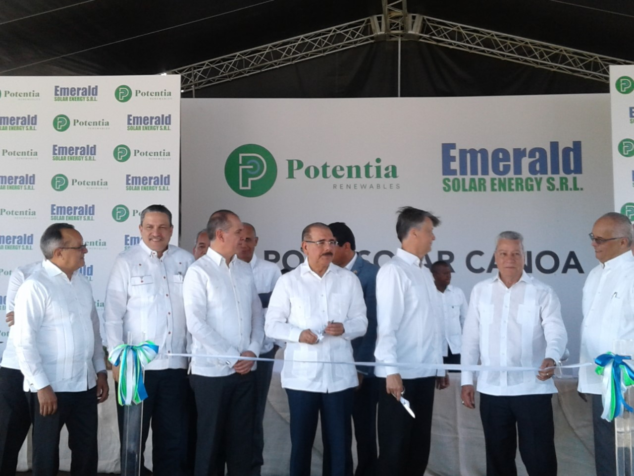 , Presidente Medina inaugura operaciones Parque Solar Canoa.