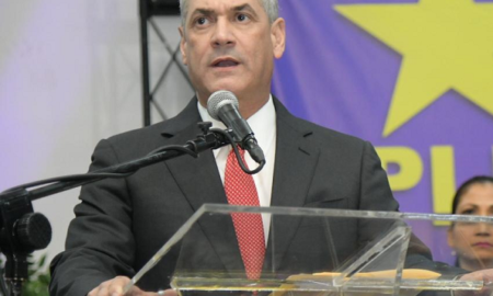 Gonzalo Castillo suspende actividades masivas para evitar propagación de coronavirus