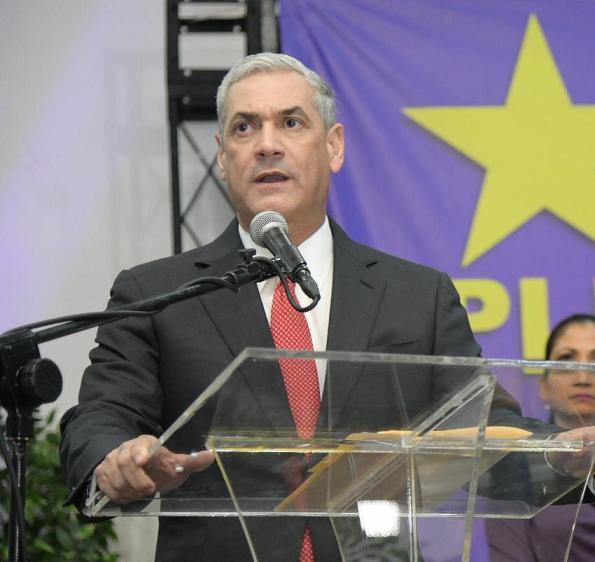 , Gonzalo Castillo suspende actividades masivas para evitar propagación de coronavirus