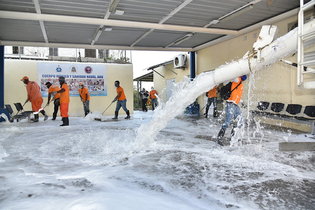 , MOPC ha desinfectado más de 200 sectores y cientos de  espacios públicos
