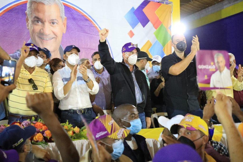 , Gonzalo Castillo Realizó un amplio recorrido por las provincias Pedernales, Barahona, Bahoruco, Peravia y San Cristóbal
