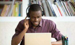 8 claves para pasar con éxito en una entrevista de trabajo por videollamada, 8 claves para pasar con éxito en una entrevista de trabajo por videollamada