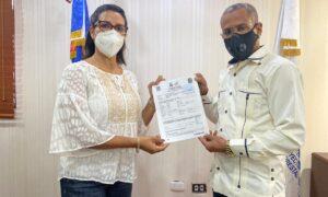Eliferbo Herasme deposita su declaración jurada de bienes
