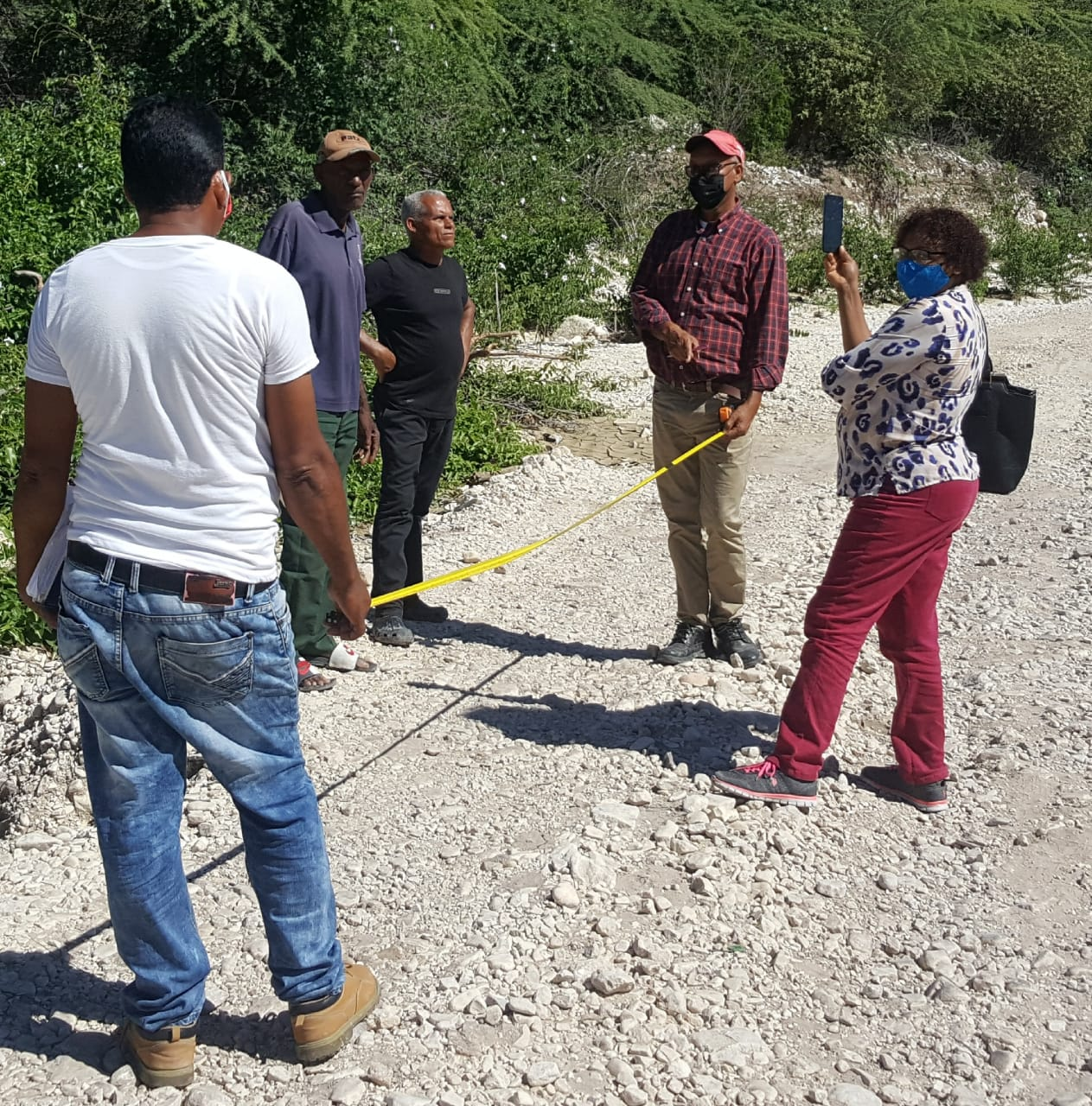 , Técnicos del INDESUR realizan levantamientos de males que aquejan comunidad de Azua