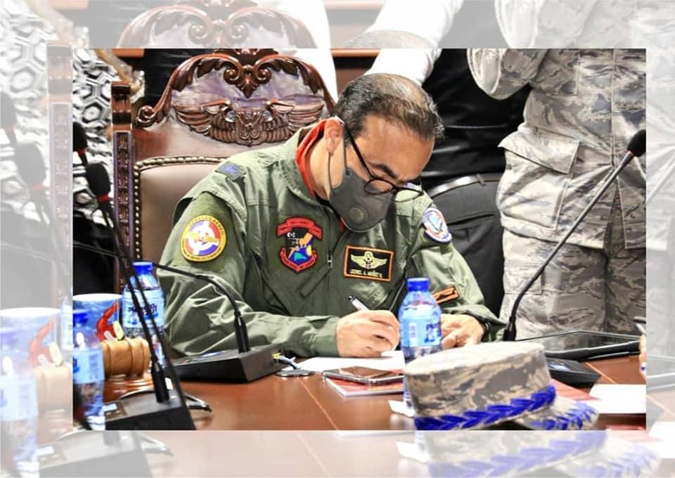 , Comandante General FARD y Estado Mayor Coordinador firman Código de Pautas Éticas
