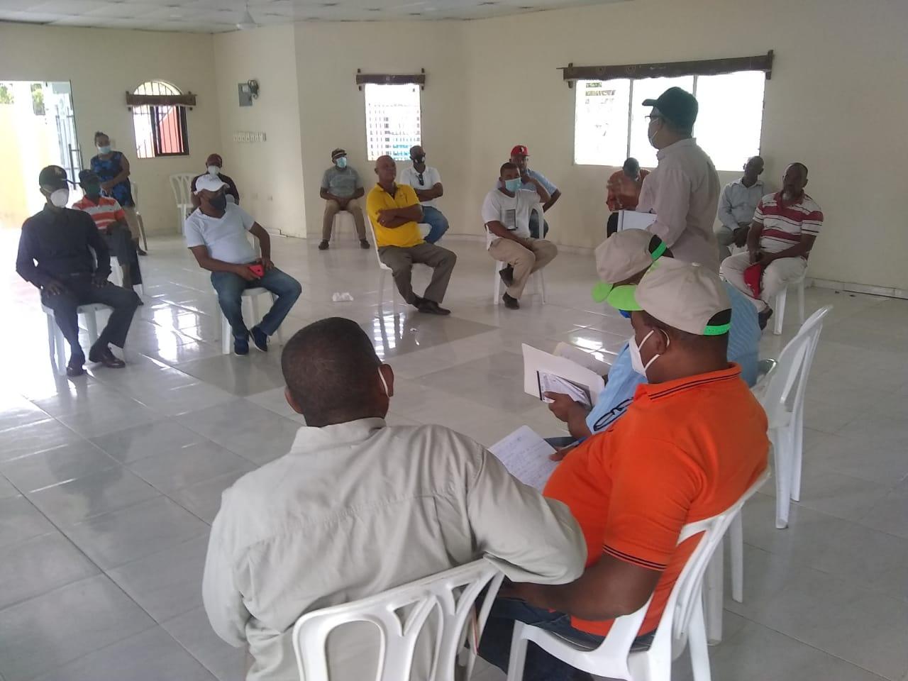 , DGDF realiza levantamientos en comunidades de Cristóbal, Batey Ocho y otras comunidades de la zona cañera