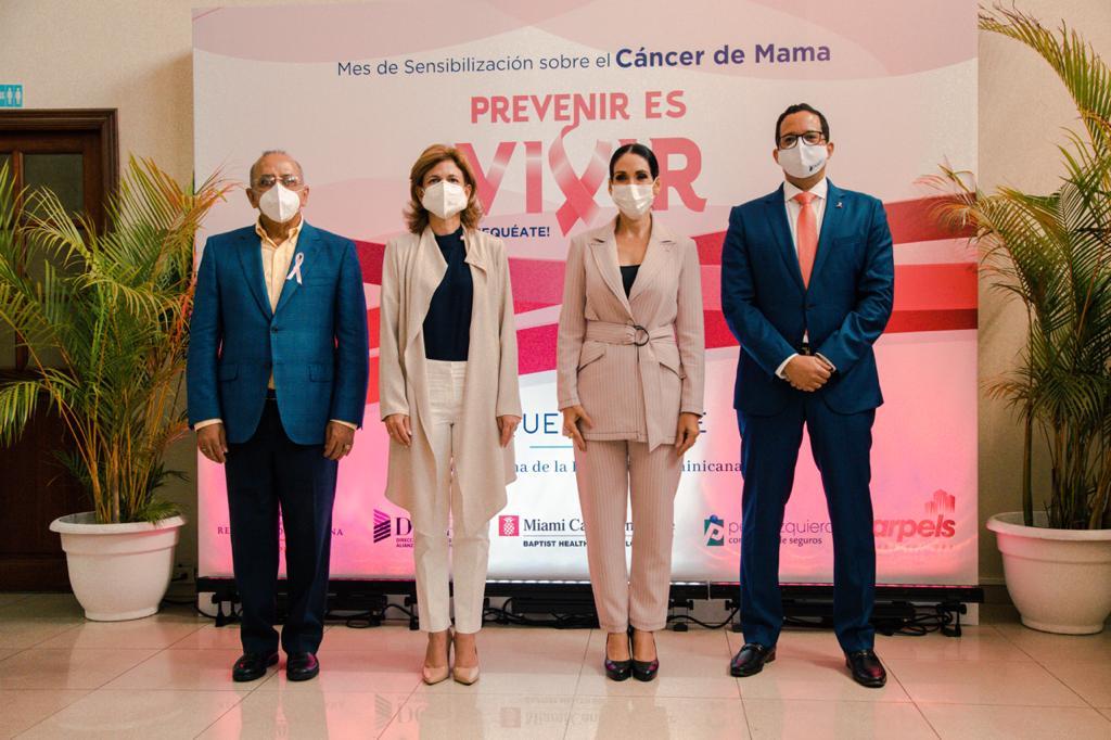 , Primera Dama comprometida con políticas públicas en favor de la prevención del cáncer de mama