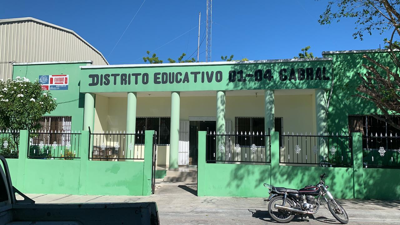 , Autoridades Educativas de Cabral salen al frente por denuncias sobre colaboradores con Coronavirus