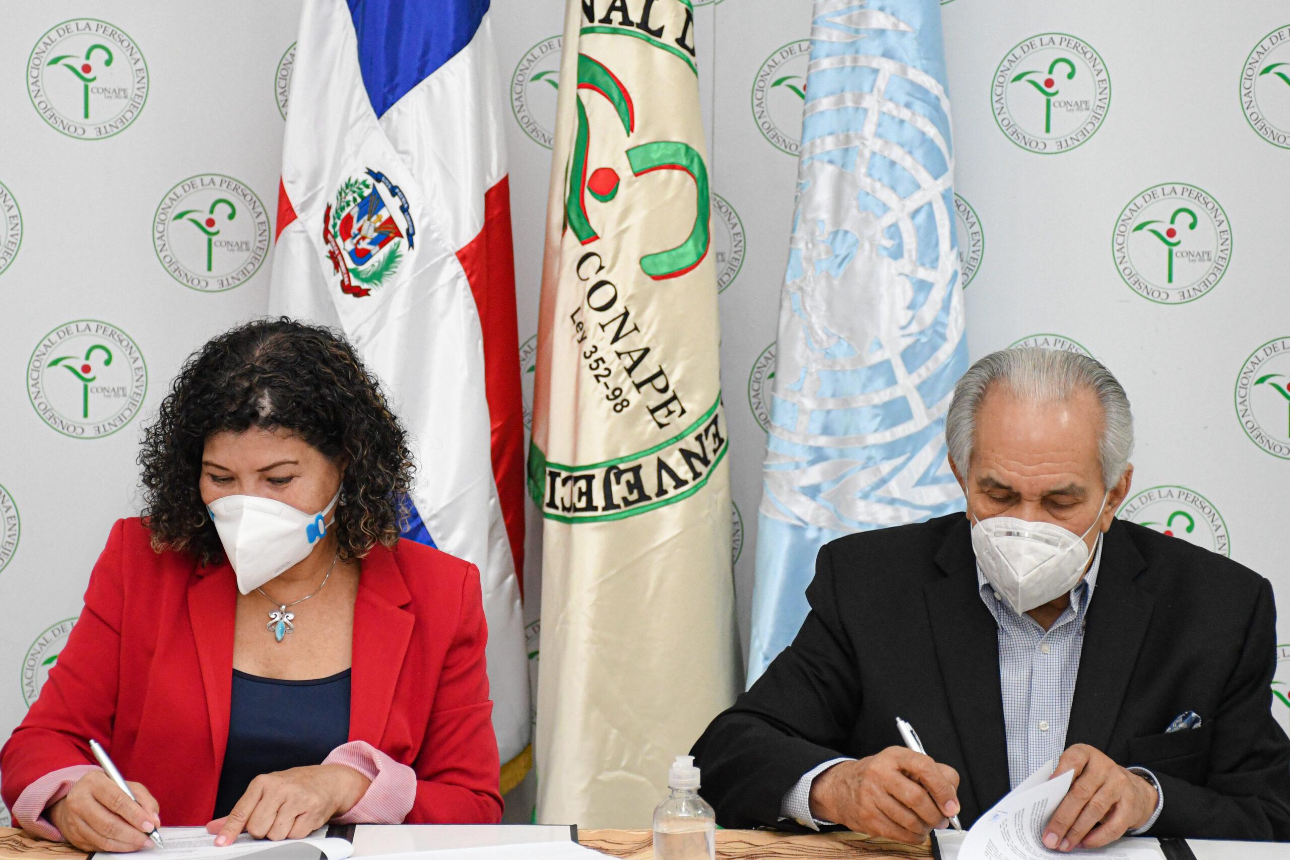 , CONAPE y UNFPA renuevan convenio para producir data sobre envejecientes en RD