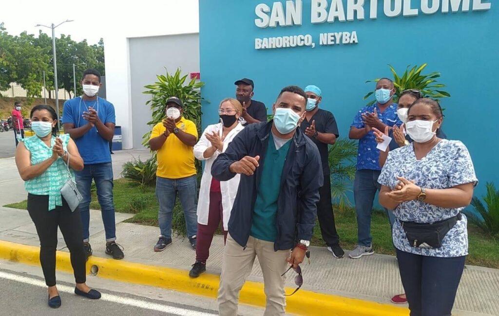, Cancelan dos tecnólogas en el San Bartolomé.