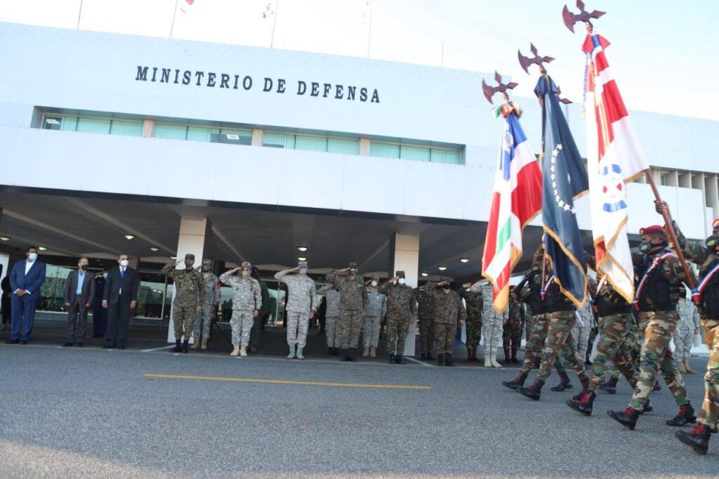, Ministerio de Defensa realiza izada de bandera y ceremonial en homenaje al General de Ejército Juan Pablo Duarte