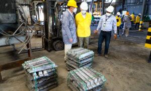 Ito Bisonó visita la planta de reciclaje de baterías Meteoro