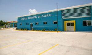 , Autoridades de salud desmantelan personal médico especializado en hospital de Cabral