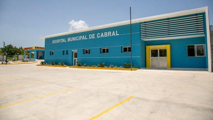 , Nuevas autoridades de Salud dejan Hospital de Cabral sin Médico Cirujano General  y Ortopeda