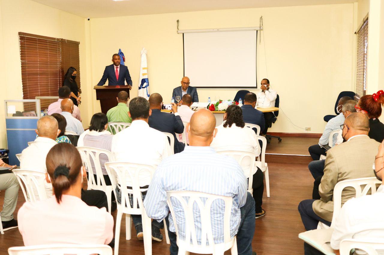 , El INEFI abre torneo ajedrez dedicado al ministro de Educación