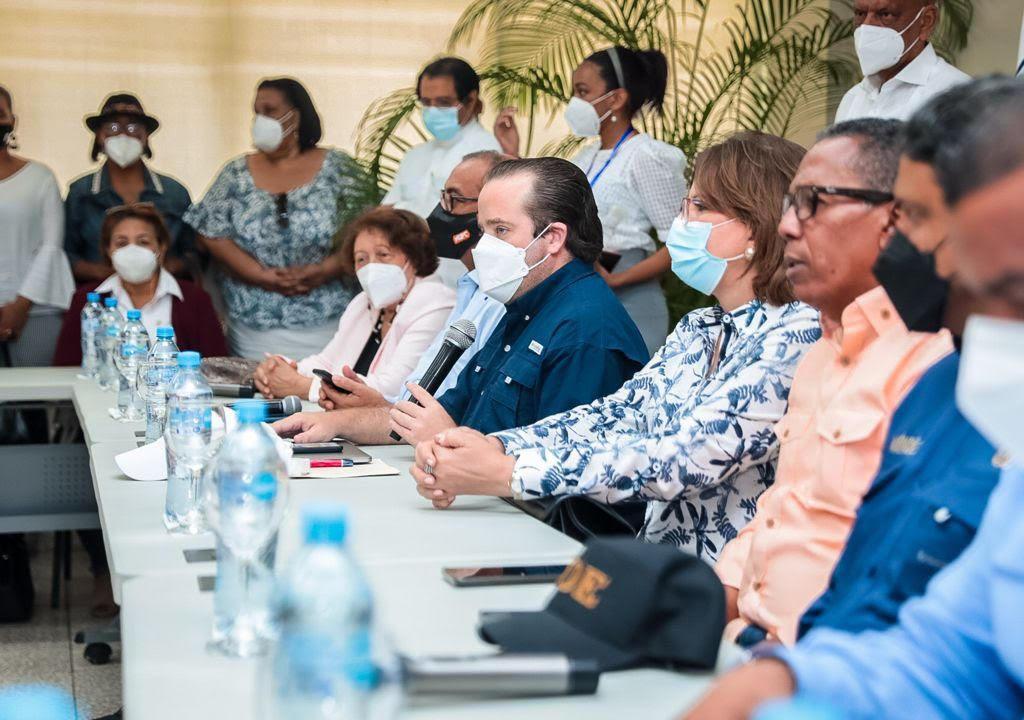 , Gobierno vista a Barahona pero no deja medidas claras para mitigar los daños