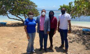 Alcaldía de Barahona recibe Ingenieros del Ministerio de Turismo para Levantamiento del Proyecto Rehabilitación Playa Saladillas