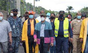 Alcalde Manuel Jiménez anuncia intervención de la avenida Barceló afectada por derrumbe