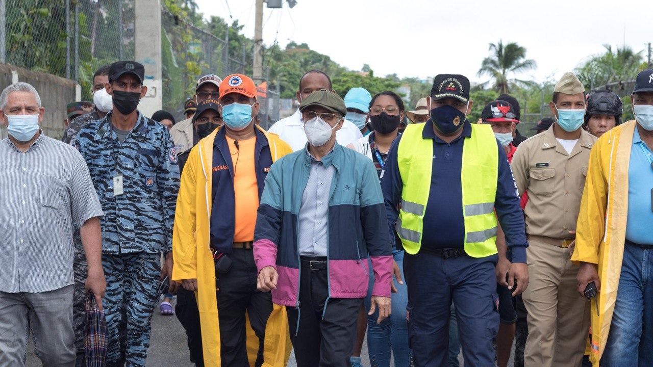 , Alcalde Manuel Jiménez anuncia intervención de la avenida Barceló afectada por derrumbe